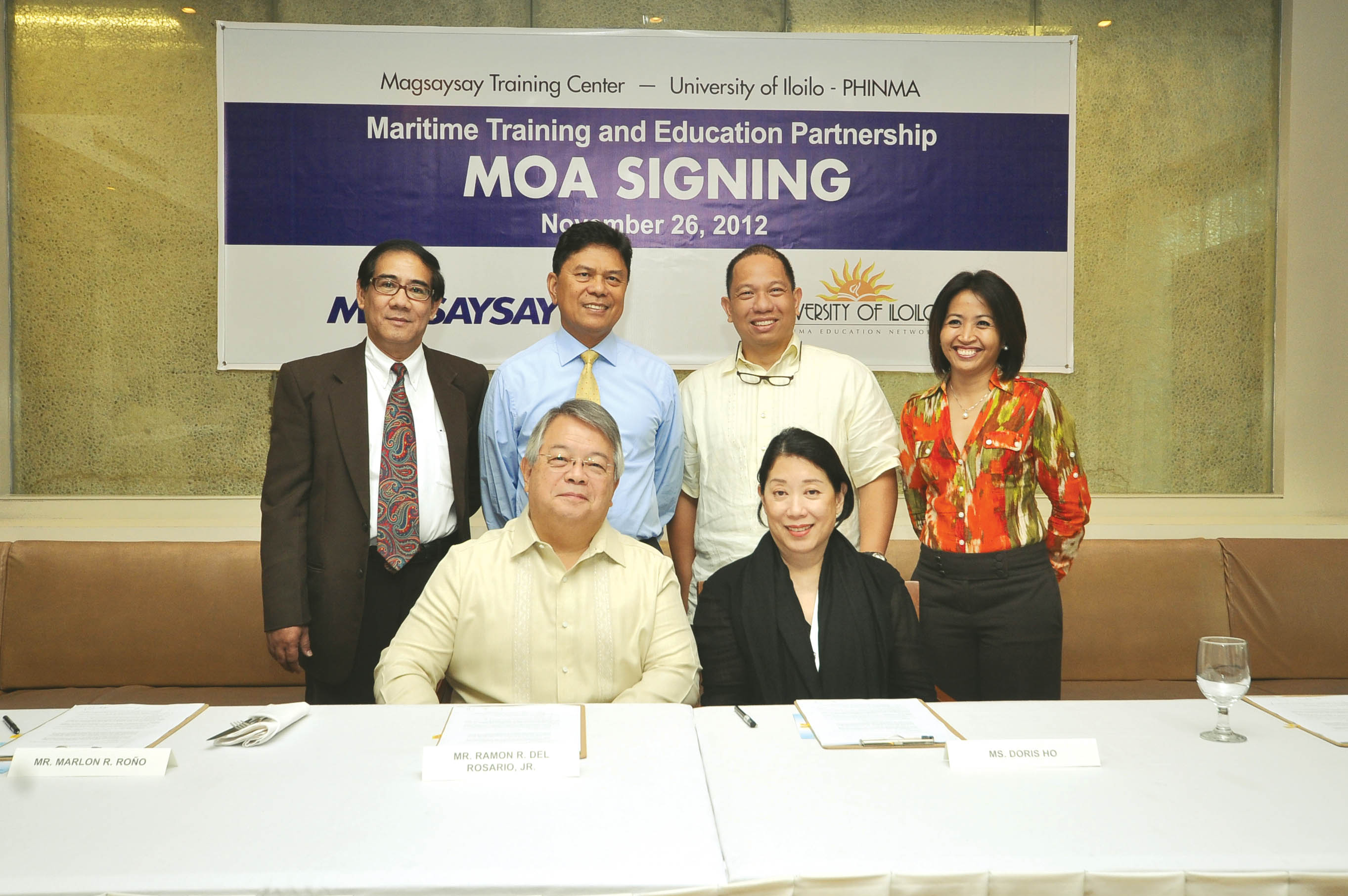 (Standing L-R) Mr. Romeo S. Piccio, VP/Head of Operations of Magsaysay Training Center; Mr. Marlon R. Roño, President of Magsaysay People Resources; Dr. Chito B. Salazar, President of PHINMA Education Network and UI-PHINMA; Ms. Jeanette B. Fabul, COO of U